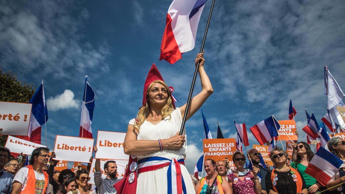 Manifestación contra el pase sanitario en París.