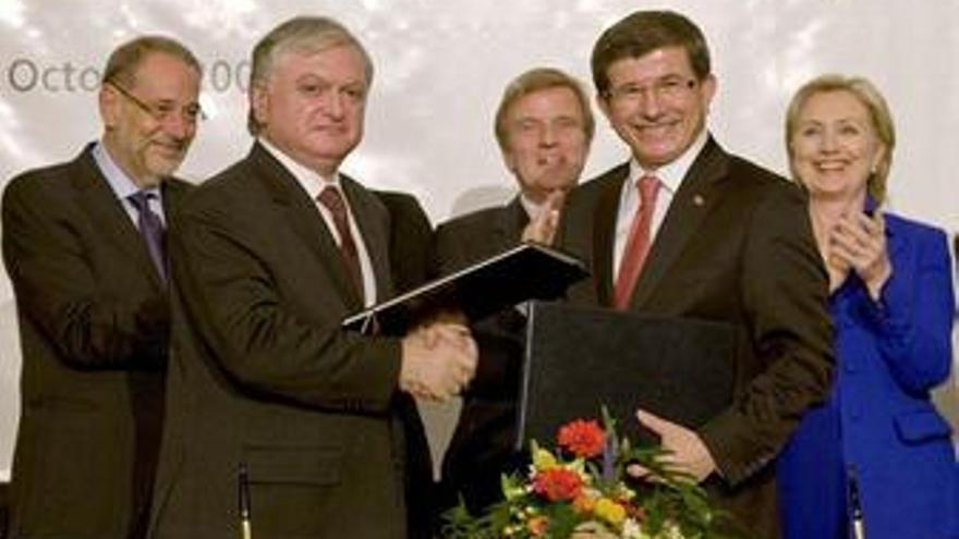 Turquía y Armenia acuerdan el establecimiento de relaciones diplomáticas
