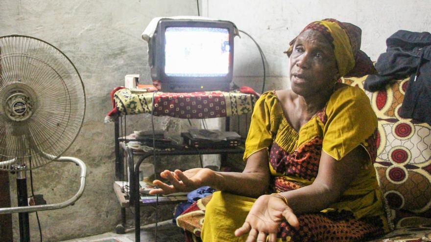 La madre de Daouda Mohama pide justicia desde Camerún.