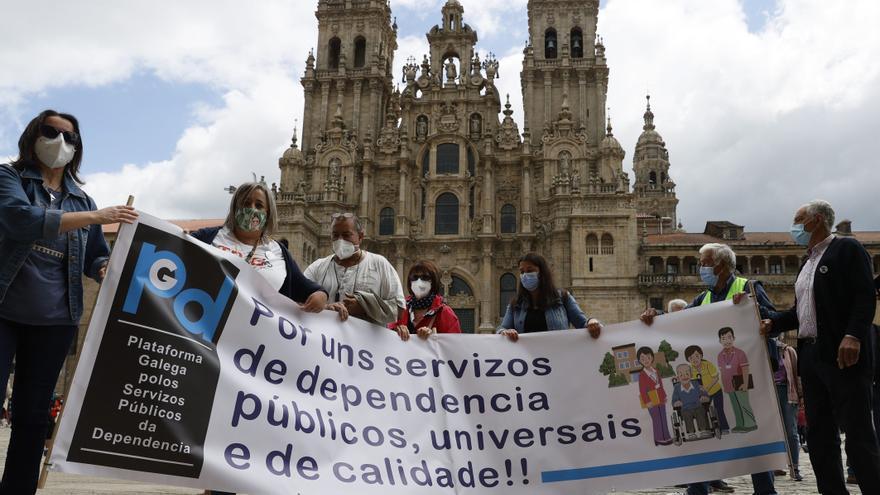 Jubilados reclaman en Compostela más residencias públicas para los mayores