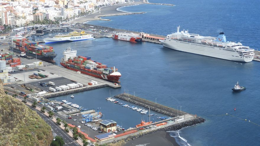 Imagen del Puerto de Santa Cruz de La Palma el pasado domingo, 17 de marzo de 2019.