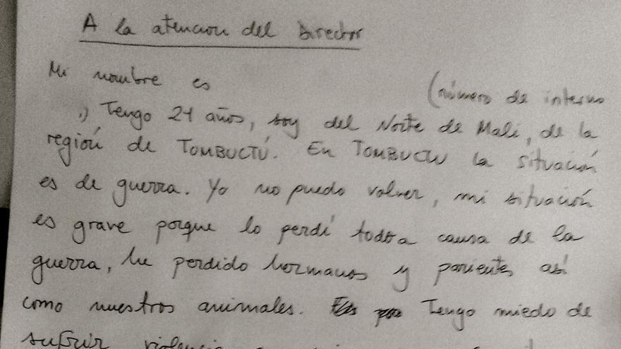 Carta de un interno del CIE que iba a ser deportado a Mali, explicando su intención de solicitar asilo.