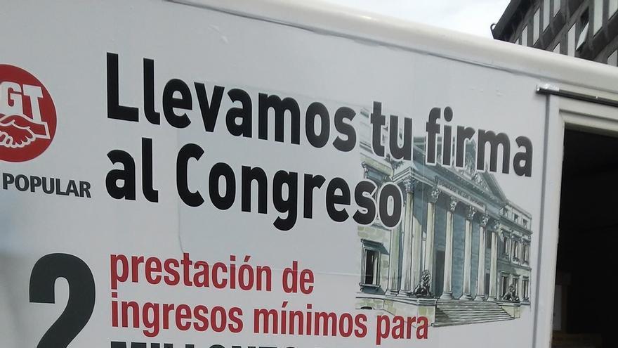 La ILP de sindicatos para una renta mínima supera en el Congreso el rechazo de PP y Cs