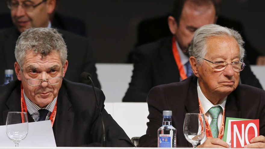 Ángel María Villar, presidente de la RFEF, y el tinerfeño Juan Padrón Morales, vicepresidente económico