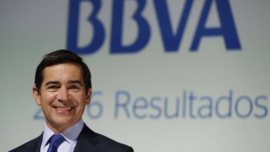 Bbva Defiende Las Sucursales Bancarias Pese Al Avance De