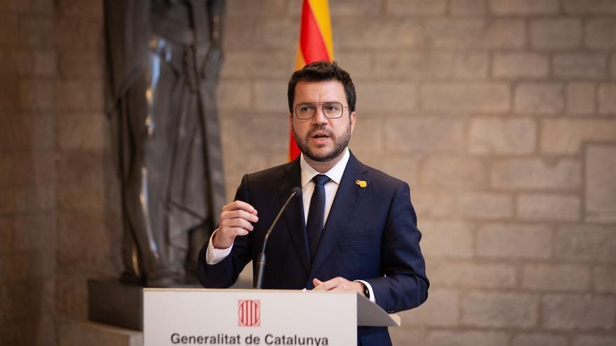 El presidente de la Generalitat, Pere Aragonès, compareciendo ante los medios en el Palau de la Generalitat tras reunirse con el presidente del Gobierno, Pedro Sánchez, en el marco del segundo encuentro de la mesa de diálogo