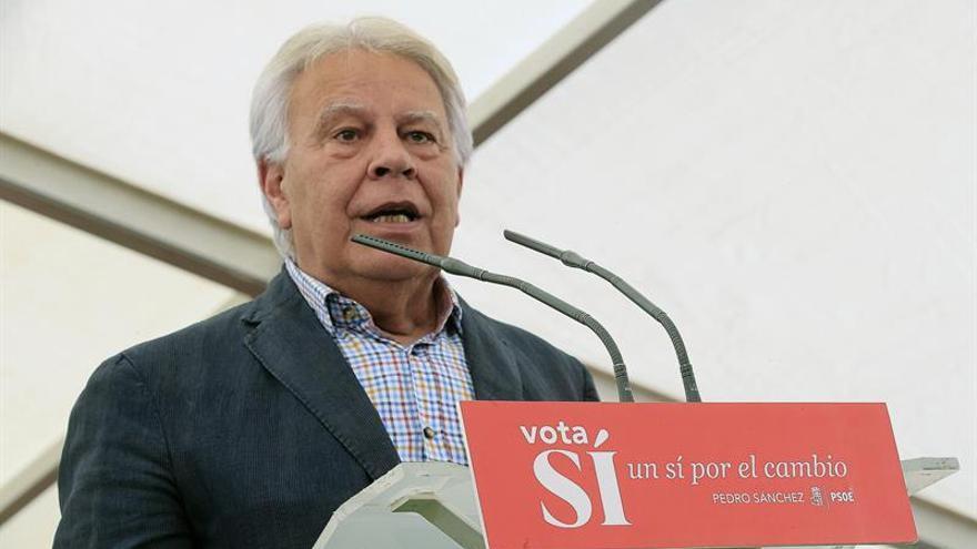 González cree que PP debe presentar a otro candidato en la investidura