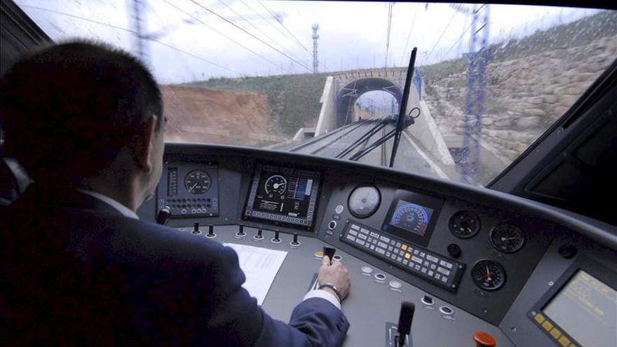 Interrumpida la circulación de trenes entre Lleida y Zaragoza a la altura Raimat a causa de las lluvias