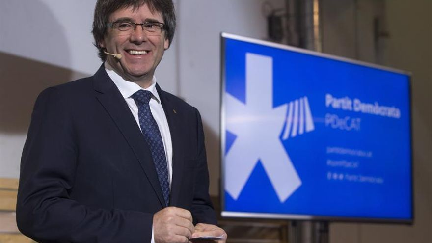 "Puigdemont: ""Celebraremos el referéndum en 2017 de forma indefectible"""