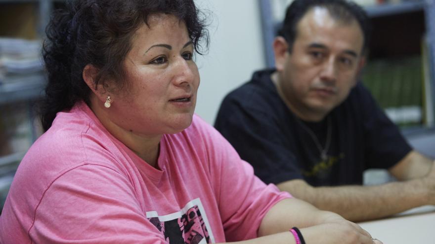 Jenni Vargas y Diego Aguilar, padres de uno de los alumnos del colegio San Antonio. FOTO: Patricia Garcinuño