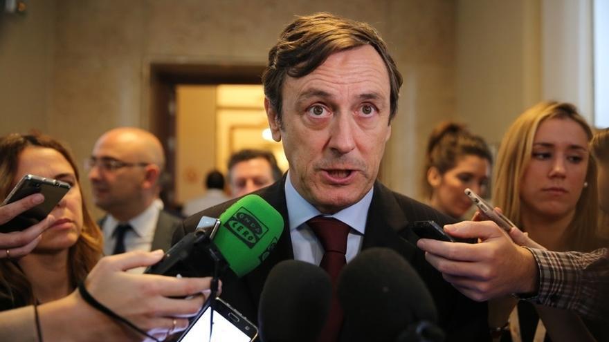 """Hernando (PP) considera una actitud """"infantiloide"""" que Iglesias no asista al acto institucional del 6 de diciembre"""