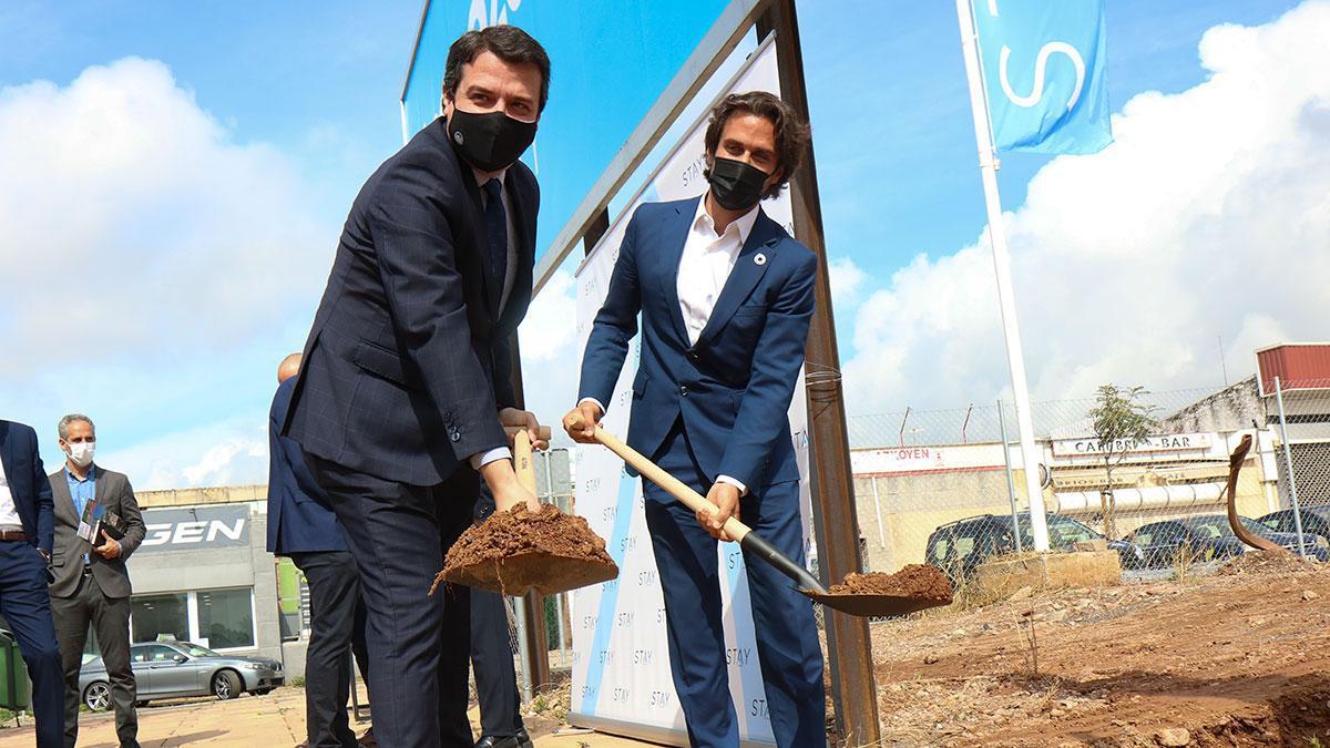 Acto de primera piedra para la construcción de 270 viviendas de Kronos Home en Fuente de la Salud