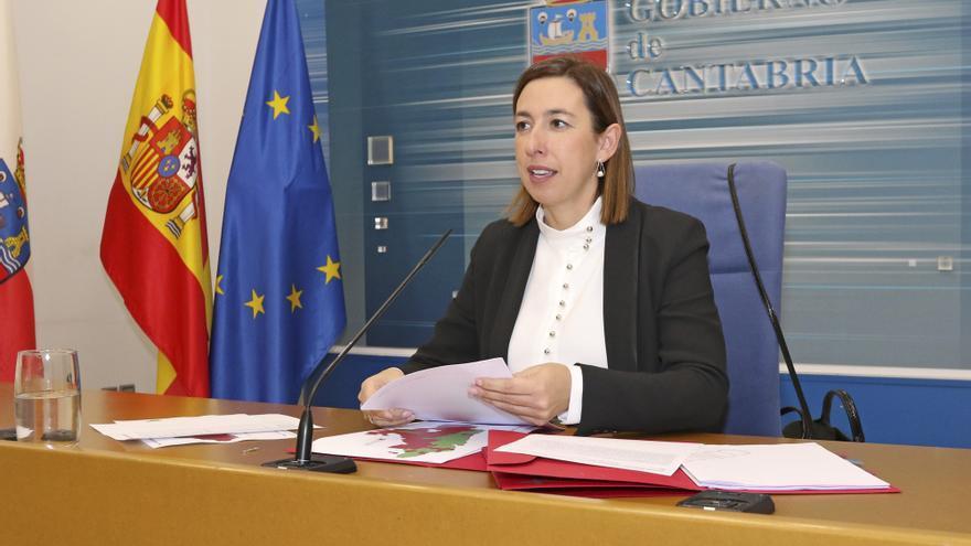 María Sánchez, Consejera de Economía y Hacienda del Gobierno de Cantabria, en rueda de prensa.