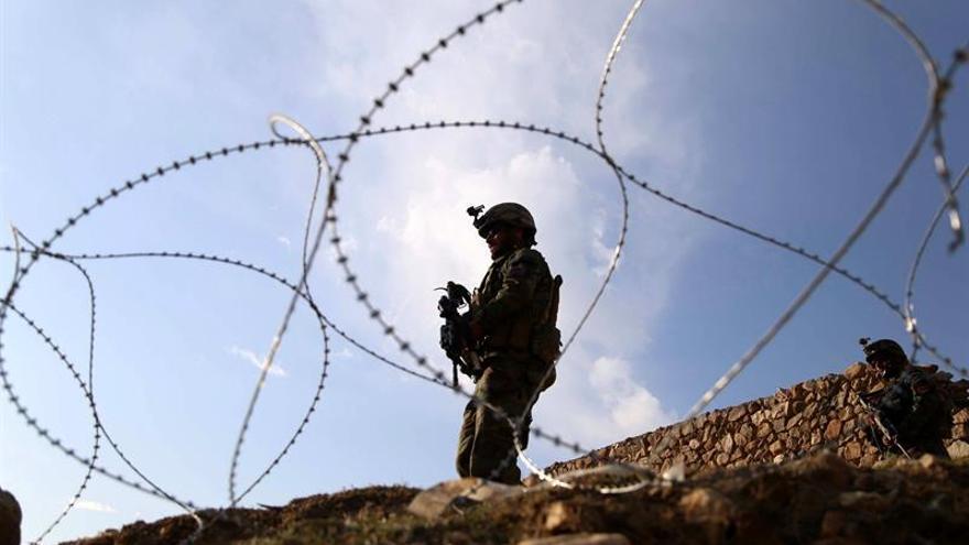 Al menos 6 muertos en el primer atentado con bomba talibán tras el inicio de la ofensiva