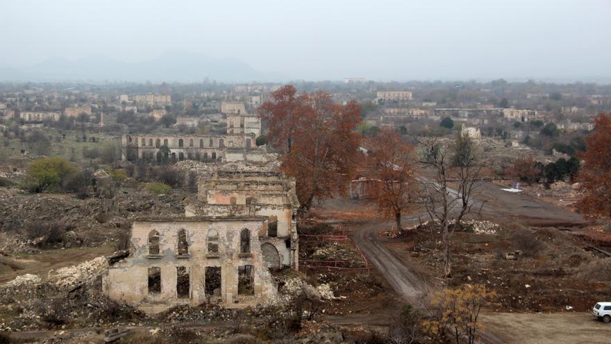 Unesco pide a Azerbaiyán que permita evaluación del patrimonio del Karabaj