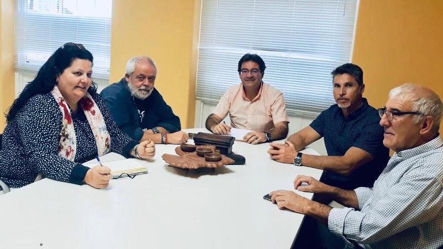 Reunión para la recuperación de la Gallina Canaria.