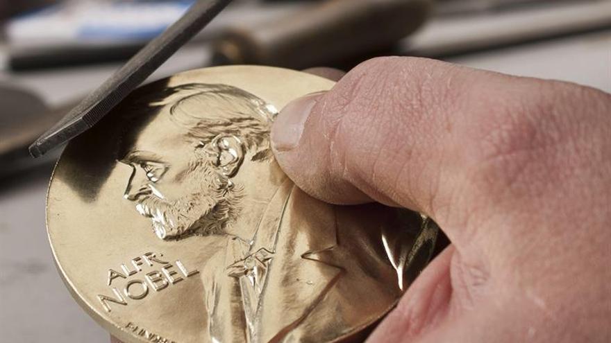 La medalla del Premio Nobel de la Paz es de oro 100 % colombiano