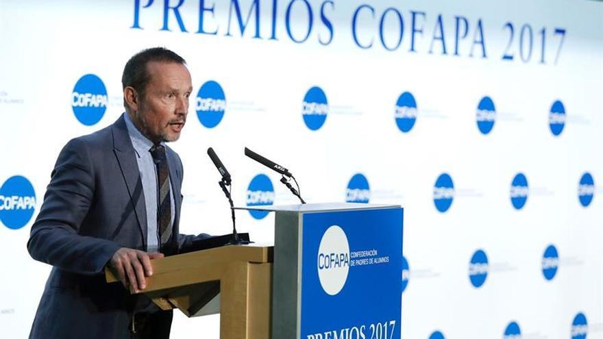 La COFAPA entrega sus Premios 2017, entre ellos a EFE y a la Feria Aula