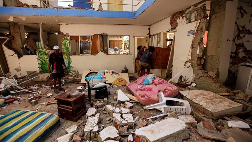 El Parlamento de Ecuador debatirá medidas fiscales planteadas tras el terremoto