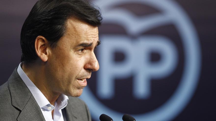 """Maíllo (PP) rechaza las críticas por la imputación de Mas: """"Se envuelven en la estelada para tapar sus trapos sucios"""""""