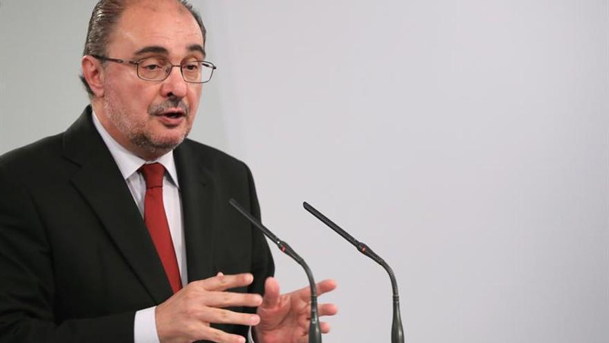 """Javier Lambán: """"La unión de los demócratas derrotará el terrorismo"""""""