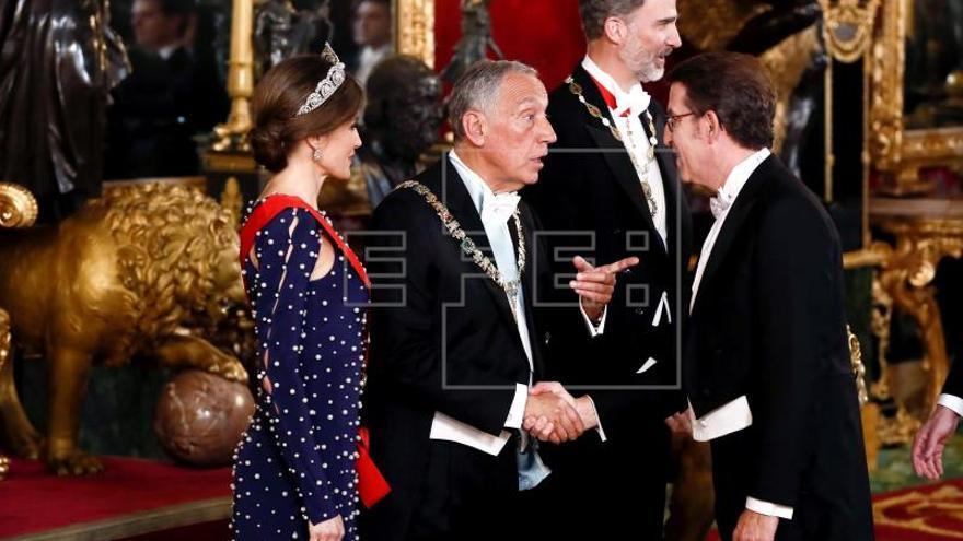 """El Rey aplaude que España y Portugal """"caminen juntos"""" tras """"darse la espalda"""""""