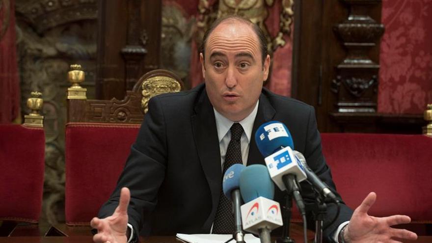 Tres nuevos ediles del PP tomarán posesión antes de elegir alcalde en Granada