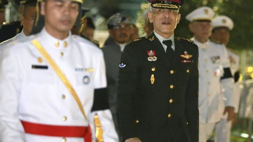 Tailandia inicia los trámites para proclamar al nuevo rey