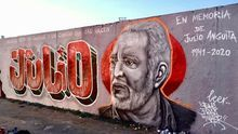 """""""En memoria de Julio Anguita"""": un mural homenajea al político cordobés en un parque de Berlín (por unos días)"""