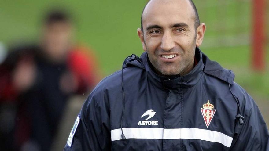 Abelardo Fernández, técnico del Sporting de Gijón.