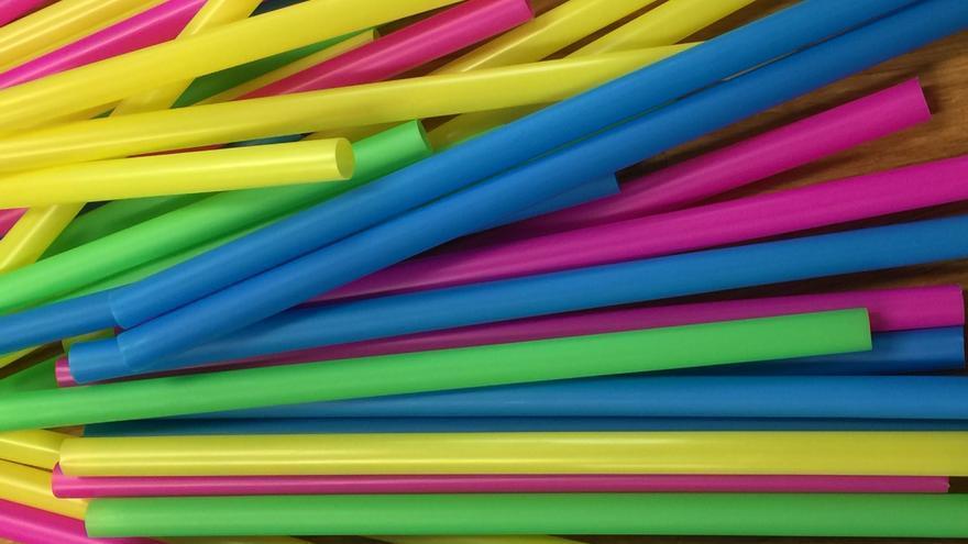 La UE adopta orientaciones sobre plásticos de un solo uso y artes de pesca