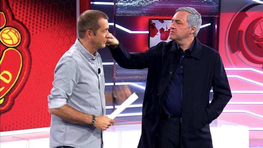"""Manu Carreño y el clon de Mourinho (Raúl Pérez) en """"Deportes Cuatro"""""""