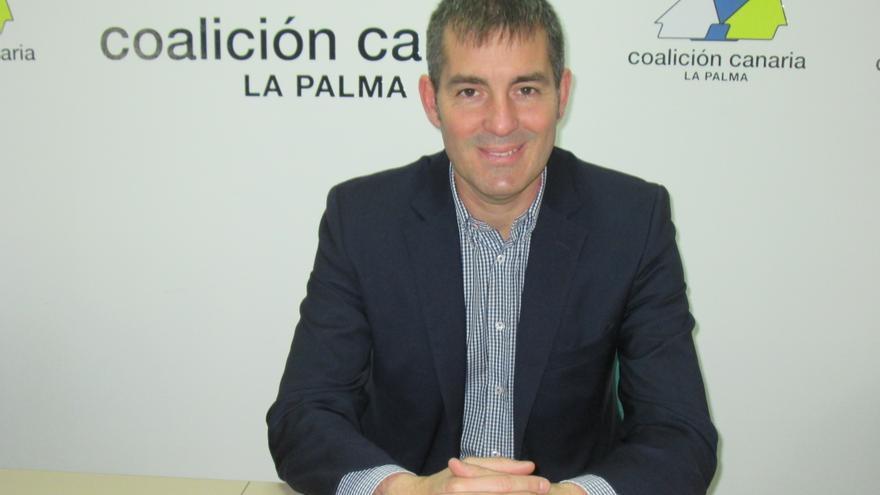 Fernando Clavijo, este martes, en la sede de CC en la capital. Foto: LUZ RODRÍGUEZ.