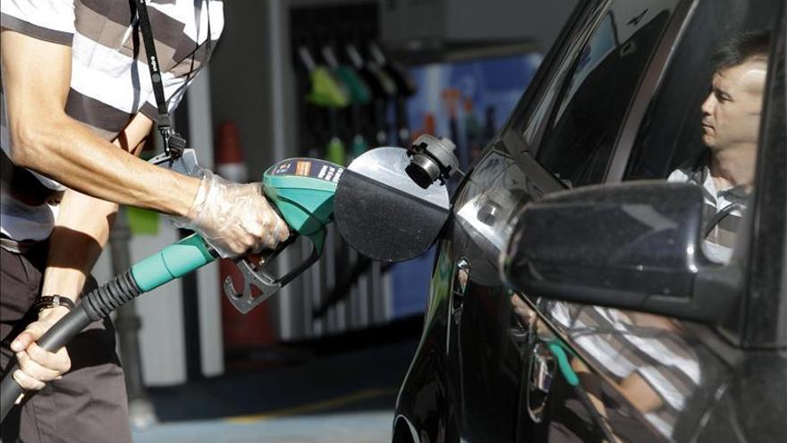 Las gasolineras independientes marcan precios hasta 4,5 céntimos más baratos
