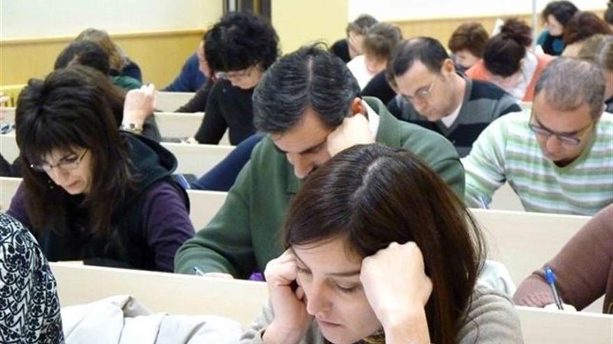 Opositores realizando un examen. Cedida/Europa Press