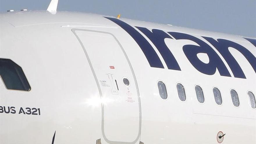 Irán firma un acuerdo con ATR para la compra de 20 avionesv
