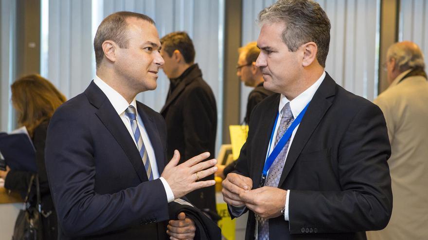 Augusto Hidalgo se reúne en Bruselas con representantes de Política Regional y Fondos Estructurales.