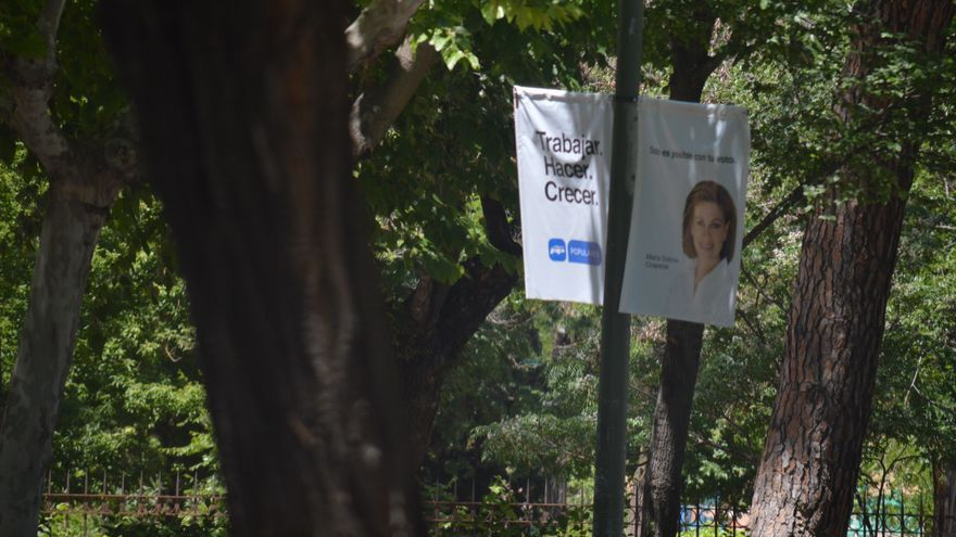 Pancarta de propaganda electoral del PP Castilla-La mancha / Foto: Javier Robla