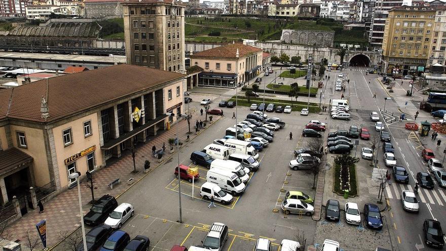Adjudicada con una baja del 45% la reordenación de la Plaza de las Estaciones, que empezará en enero