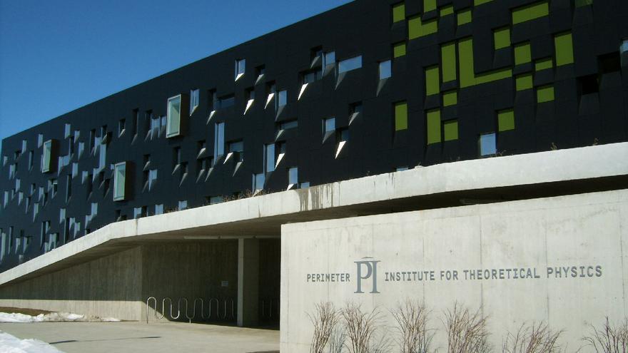 En 1999, Lazaridis funda el Instituto Perimeter