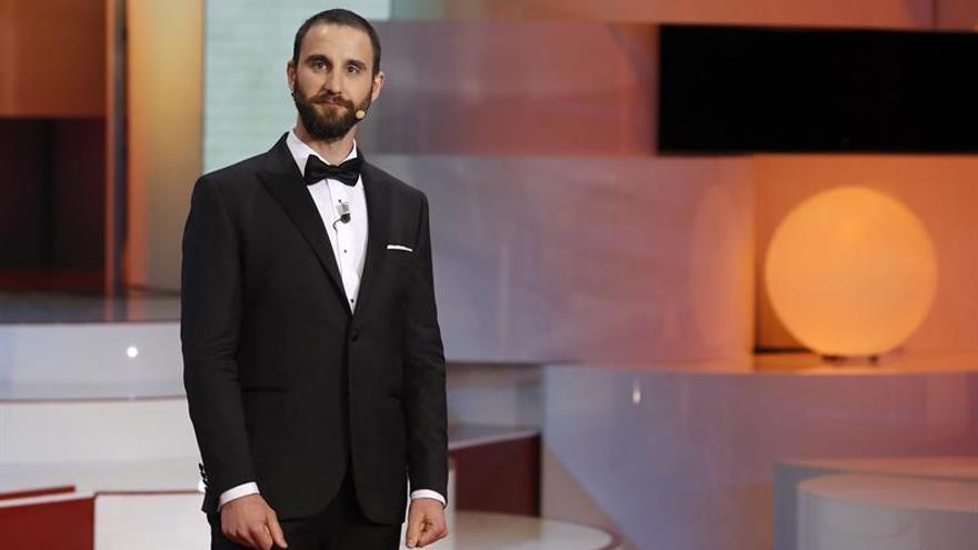 Un pelotón con Dani Rovira pedalea hasta el Vaticano por el síndrome de Rett