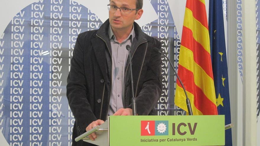 Herrera (ICV) carga contra Mas por criticar el reparto del déficit pero no plantarse ante Rajoy