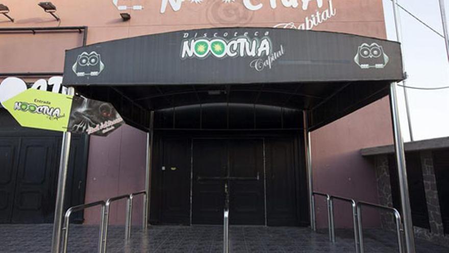 Exterior de la discoteca Nooctua. (EFE/Ramón de la Rocha)