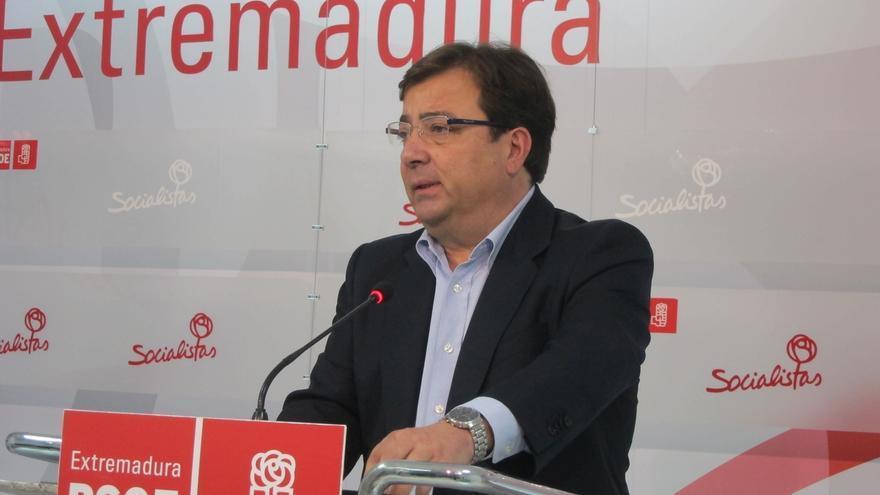 """Vara avisa a Monago de que """"no es bueno"""" pactar con Podemos """"con tal de mantenerse en el poder"""""""
