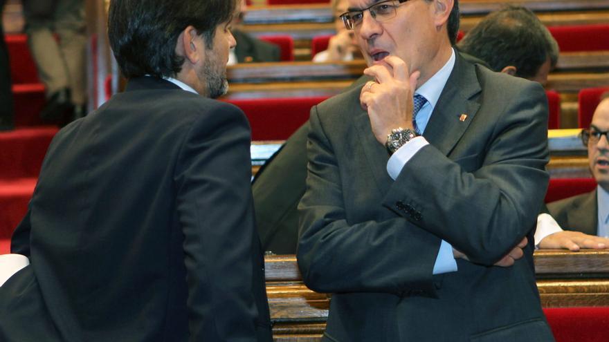 El Parlament aprueba convocar una consulta soberanista la próxima legislatura