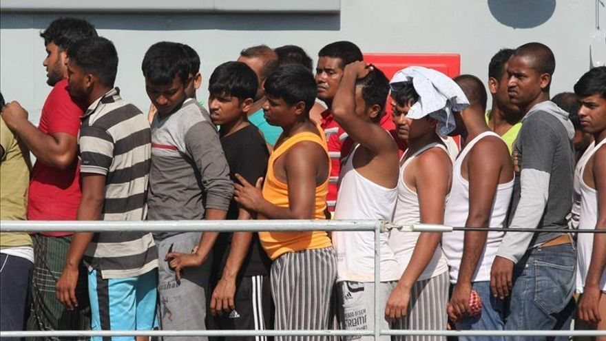 Más de 225.000 inmigrantes llegaron a Europa este año por el Mediterráneo