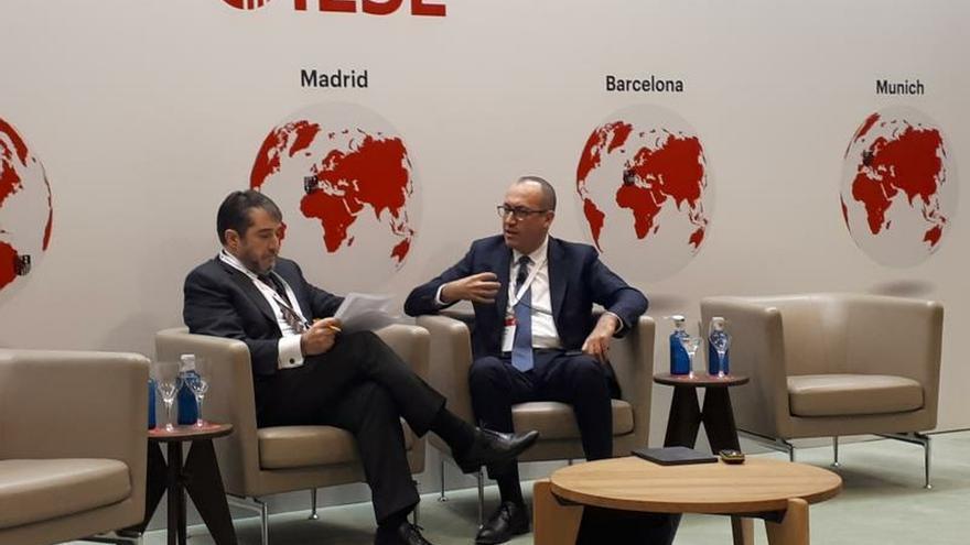 """El consejero delegado de BBVA, Onur Genç, ha afirmado que """"hoy más que nunca, los bancos tienen un papel importante para abordar el desafío de la sostenibilidad"""", durante su intervención en una jornada sobre banca."""