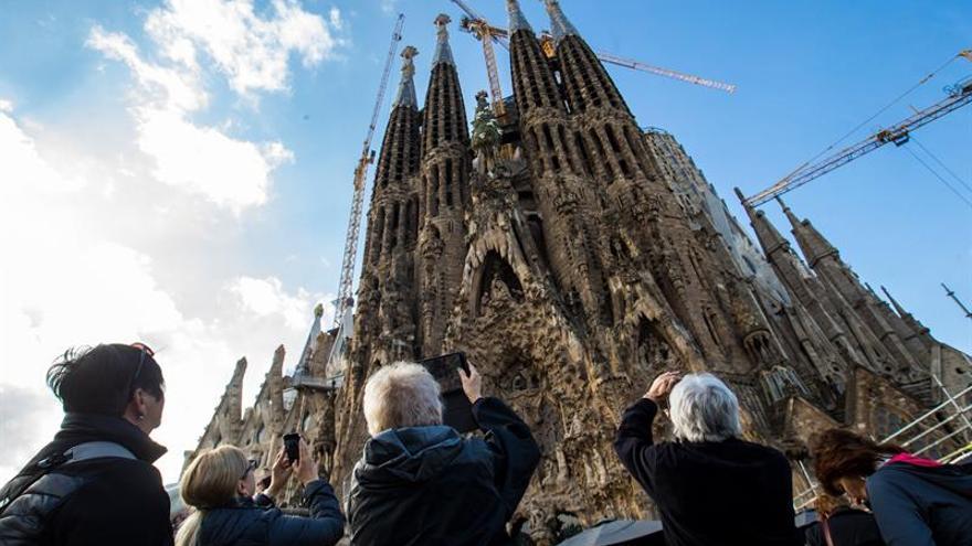 Las pernoctaciones en hoteles de Cataluña caen un 2,7 % en octubre