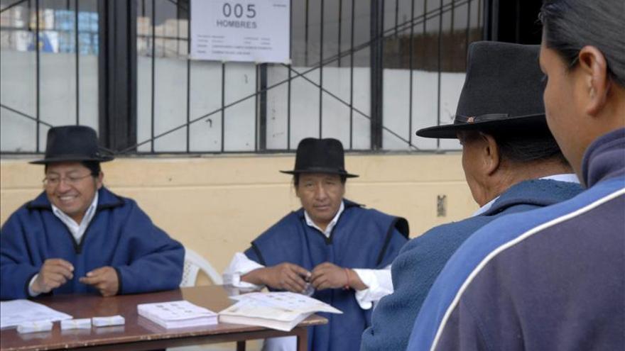 Más de 14.700 candidatos inscritos para las elecciones locales en Ecuador