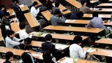 Una universidad privada de Tokio manipuló las pruebas de acceso para admitir a menos mujeres